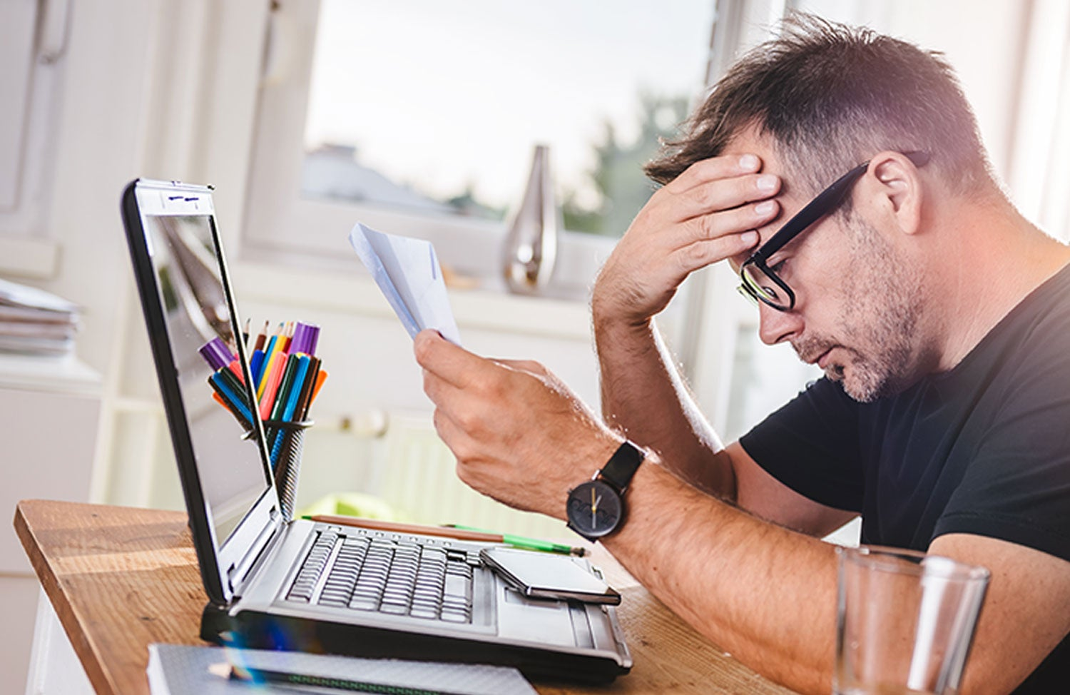 How Do Late Payments Affect My Credit Report?
